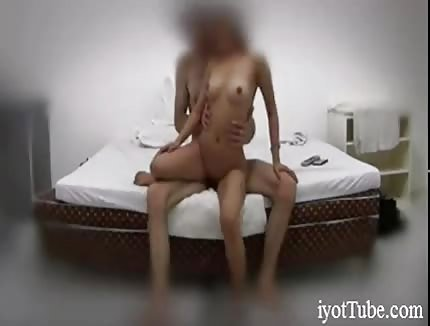 Fucking my Asian GF on hidden cam